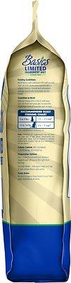 Blue Buffalo Basics Limited Ingredient Grain-Free Formula Duck & Potato Indoor Adult Dry Cat Food